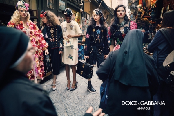 dolce-gabbanas-fallwinter-2016-campaign-photographed-on-location-in-naples-italy